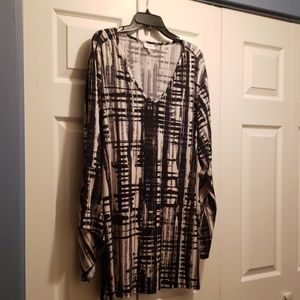 Blouse with Bell Sleeves Size 22/24